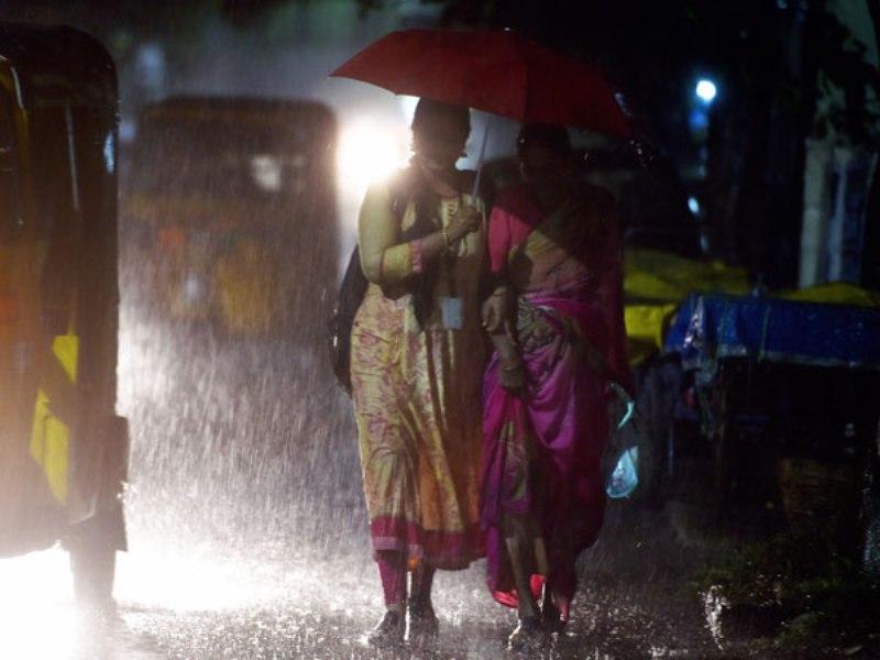 Moderate rainfall in Tamil Nadu