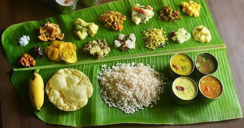 delicious banana leaf food